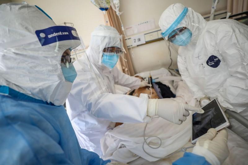 武漢肺炎疫情持續蔓延。(法新社)