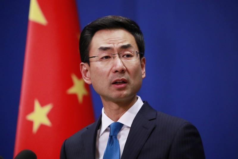 中國外交部發言人耿爽今天表示,中國決定從即日起,吊銷《華爾街日報》三名駐北京記者的記者證。(歐新社資料照)