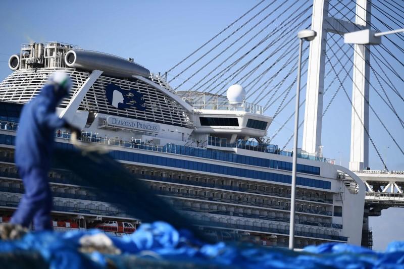鑽石公主號約500名乘客今天陸續下船。(法新社)