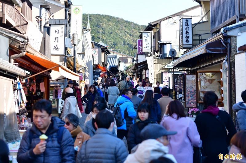 各醫院要求醫護暫別去日本等國。(資料照,記者蔡宗憲攝)