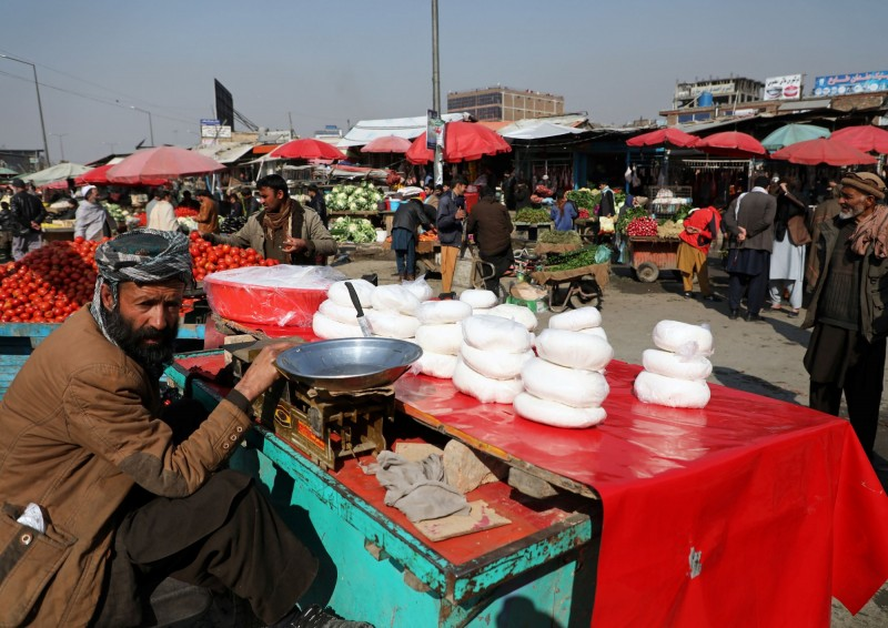 伊朗爆發武漢肺炎疫情,鄰國阿富汗現也傳出3個疑似病例。(路透)
