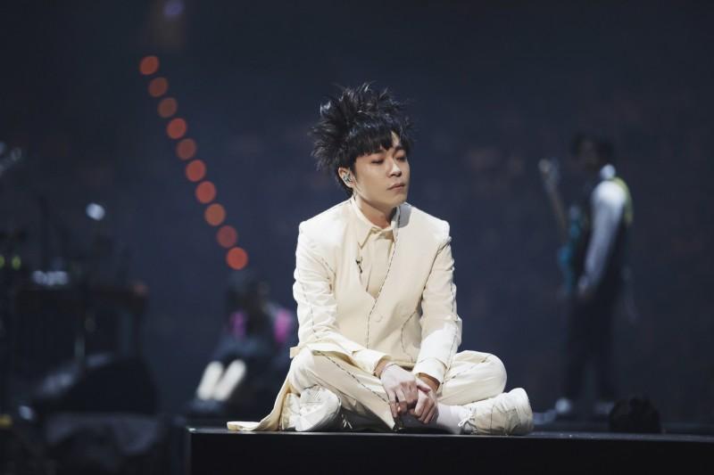 吳青峰昨起連兩日在小巨蛋舉辦演唱會。(環球音樂提供)