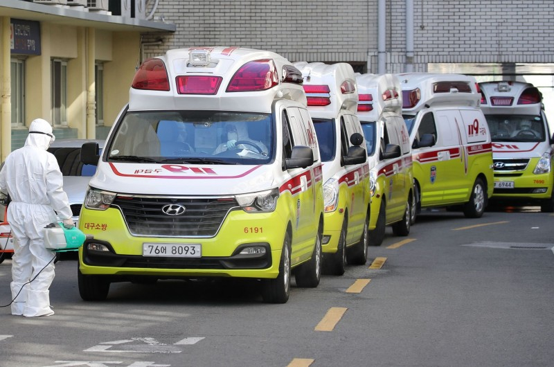 中國武漢肺炎疫情持續在南韓境內延燒。示意圖。(法新社)