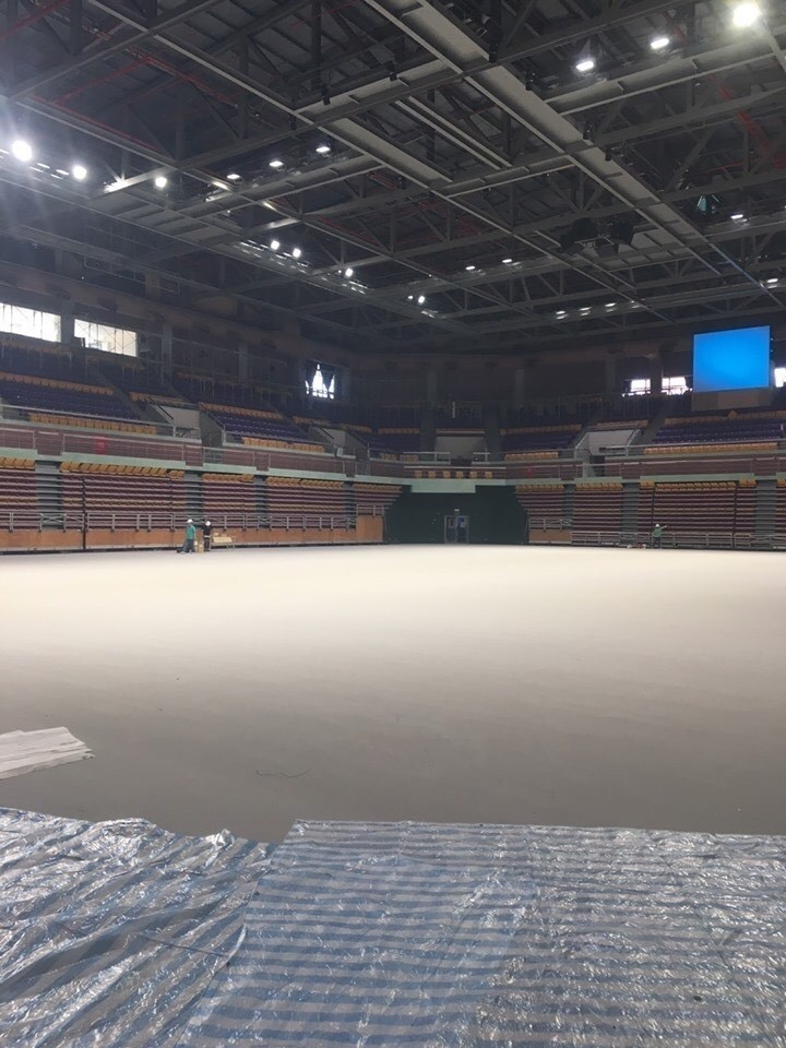 屏東縣立體育館是為全中運做整修。(圖擷取自周春米立委臉書)