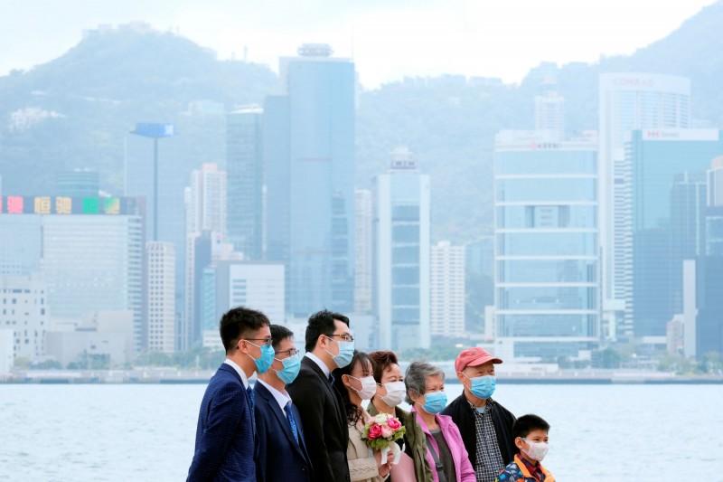 香港民調顯示,港人對林鄭月娥的評分跌至上任以來新低,對特區政府的信任程度也跌至有記錄以來新低。(路透)