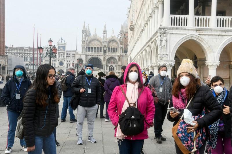 義大利肺炎死亡人數增至11死,累計322人確診。(法新社)