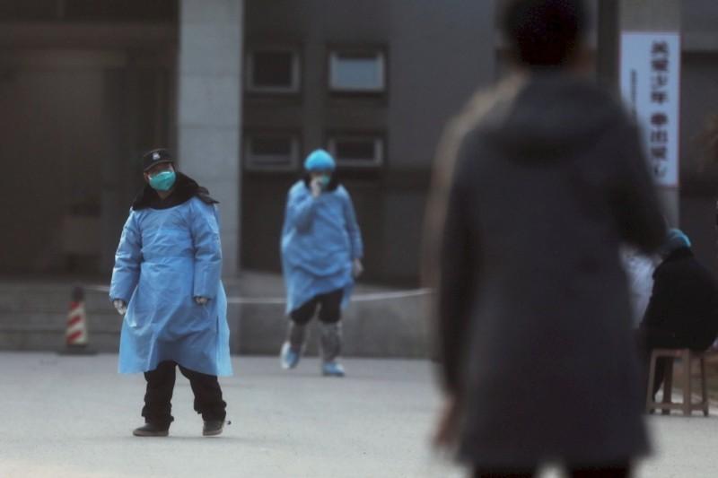 中國武漢肺炎爆發初期,疫情遭官方隱匿,直到近日才逐漸透明。(路透社)