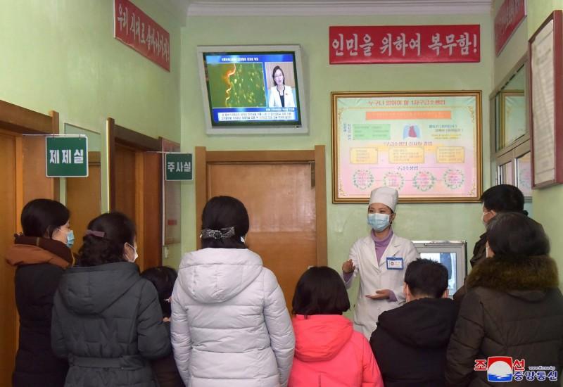 為防止武漢肺炎疫情擴散,北韓官媒今日宣布,延後全國幼兒園及各級學校開學日。(歐新社)