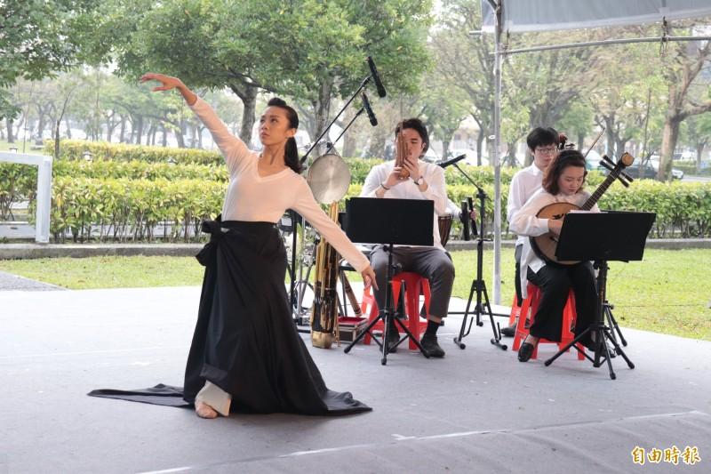 宜蘭縣政府今於宜蘭運動公園舉辦「宜蘭縣2020年228追思紀念活動」。(記者林敬倫攝)