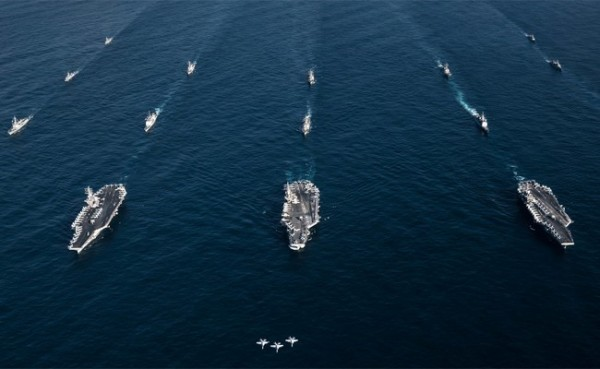美國海軍接收到指令,所有停靠過太平洋地區的軍艦,都需在海上隔離14天。(路透檔案照)