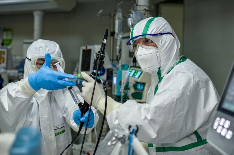 中國武漢爆發的新型冠狀病毒(COVID-19,武漢肺炎)疫情持續延燒。(法新社資料照)