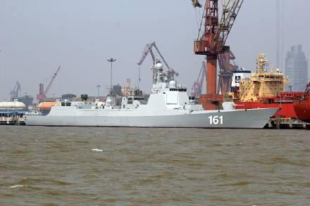 中國解放軍052D飛彈驅逐艦「呼和浩特號」。(圖片取自網路)