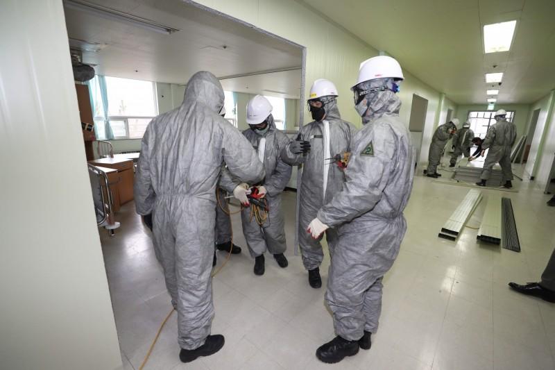 韓國慶尚北道金泉市監獄1名囚犯確診感染武漢肺炎,這是南韓首次有監獄犯人感染。(歐新社)