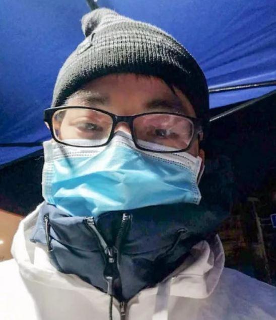 中國廣西省賀州市靈峰鎮衛生院副院長鍾進杏(見圖)上週五(2月28日)被發現猝死在宿舍,享年32歲。(圖擷取自微博)