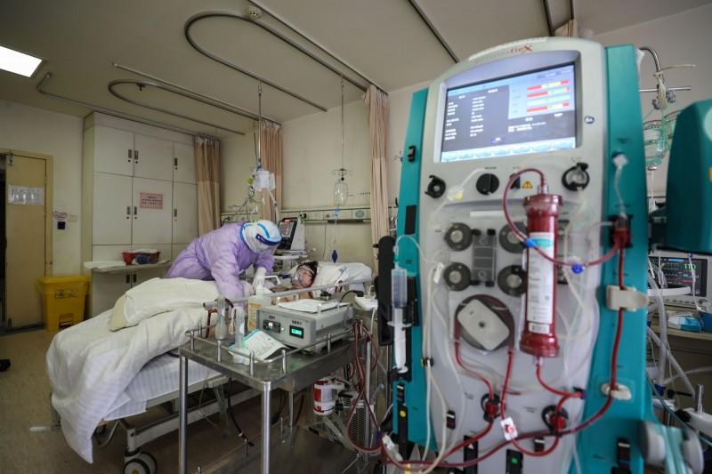 中國吉林大學論文指出,醫院內的空氣中檢測出新型冠狀病毒。(法新社檔案照)
