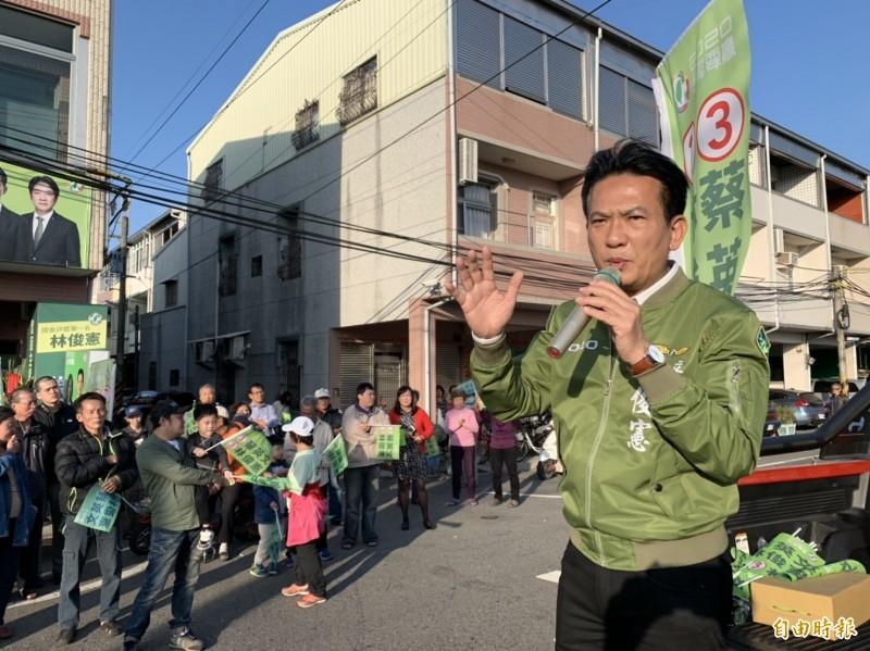 民進黨立委林俊憲(見圖)提議修改健保法律,未來如同黃安這類族群,健保費率調高至1.2萬元。(資料照)