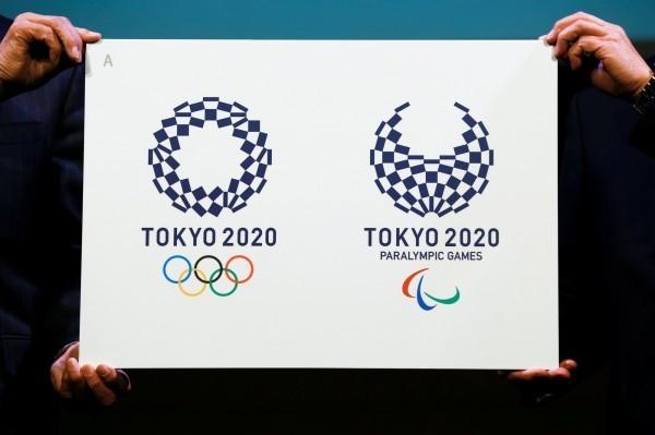 日本過去曾於1964年舉辦過東京奧運,但在1940的東京奧運,卻因中日戰爭在武漢的戰役停辦。圖為2020東京奧運識別標誌。(路透檔案照)