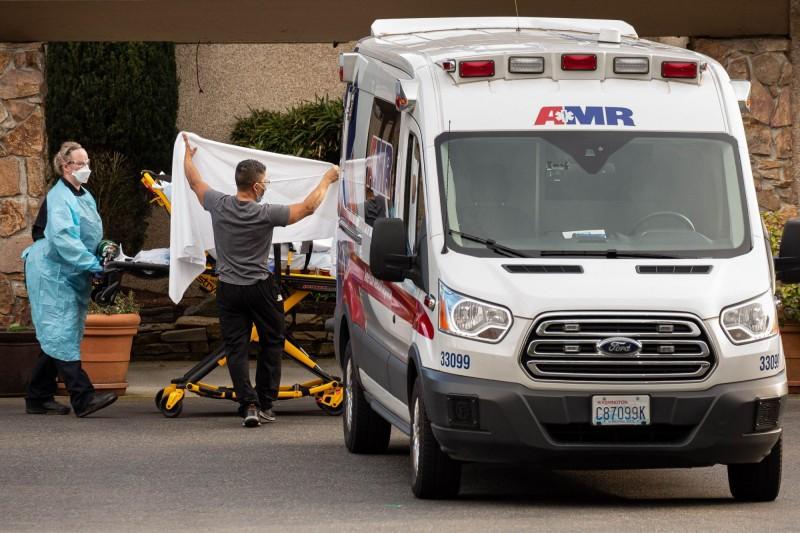 中國武漢疫情蔓延全球,美國累計逾百例、9人死亡。其中華盛頓州佔20多例9死。示意圖。(法新社)