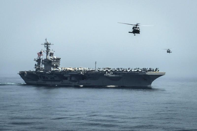 美國航空母艦「羅斯福號」將訪問越南。(法新社)