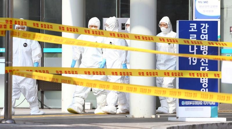 南韓大邱傍晚再添1死,1名87歲女患者因武漢肺炎病逝。(路透檔案照)