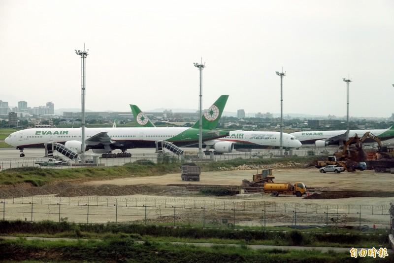 澳洲1名確診患者3月2日從台灣搭乘長榮航空BR315航班,3月3日抵達布里斯本。圖為長榮班機示意圖,與新聞內容無關。(資料照)