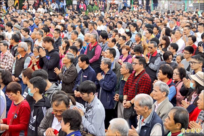 武漢肺炎延燒,每年萬人參加的「葉五美公清明祭祖」今年停辦。(資料照,記者許倬勛攝)