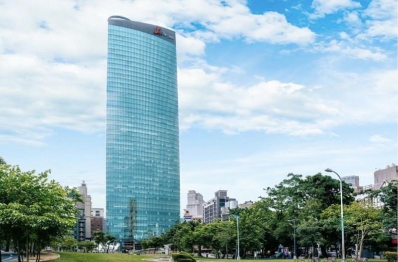 台中亞緻飯店不勘疫情和房租壓力,今天宣佈3月8日最後一天營業。(翻攝自台中亞緻官網)