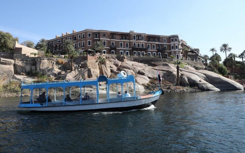 埃及尼羅河1艘遊輪的12名雇員感染武漢肺炎,當局認為是台灣裔的美國女遊客傳播。尼羅河示意圖,船隻與新聞事件無關。(歐新社檔案照)