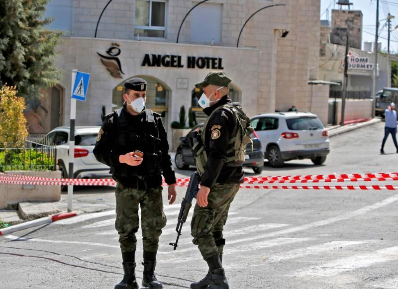基督教歷史中耶穌的出生地伯利恆出現武漢肺炎病例,巴勒斯坦總統阿巴斯(Mahmoud Abbas)宣布國內進入30天緊急狀態。(法新社)