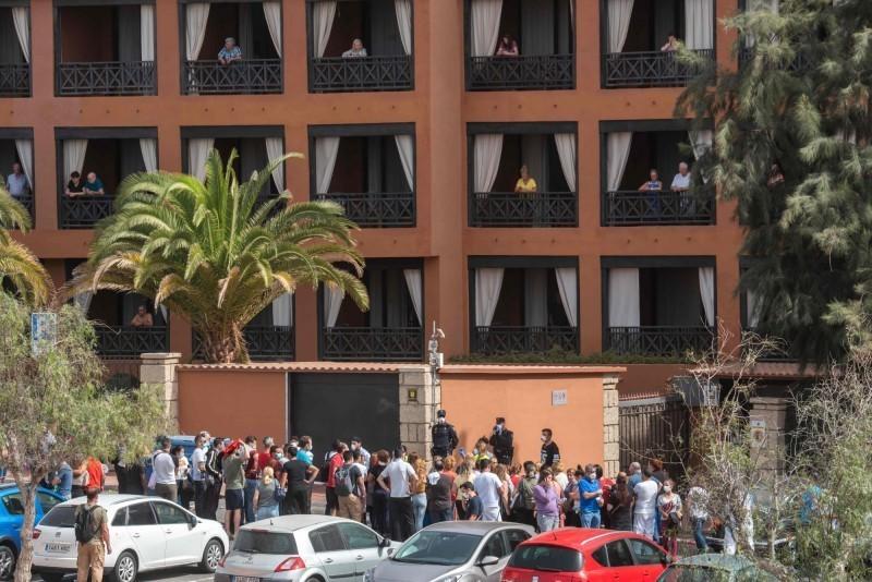 西班牙武漢肺炎疫情持續延燒,今(7)天新增76例、2死,目前累計477例、10人死亡。(法新社)