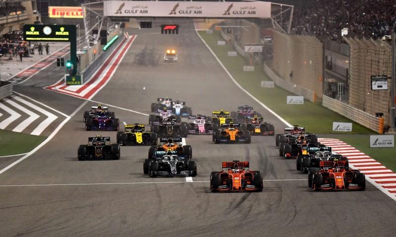 一級方程式賽車巴林大獎賽將按照計畫在本月22日登場,但不開放觀眾入場。圖為去年賽事。(法新社)