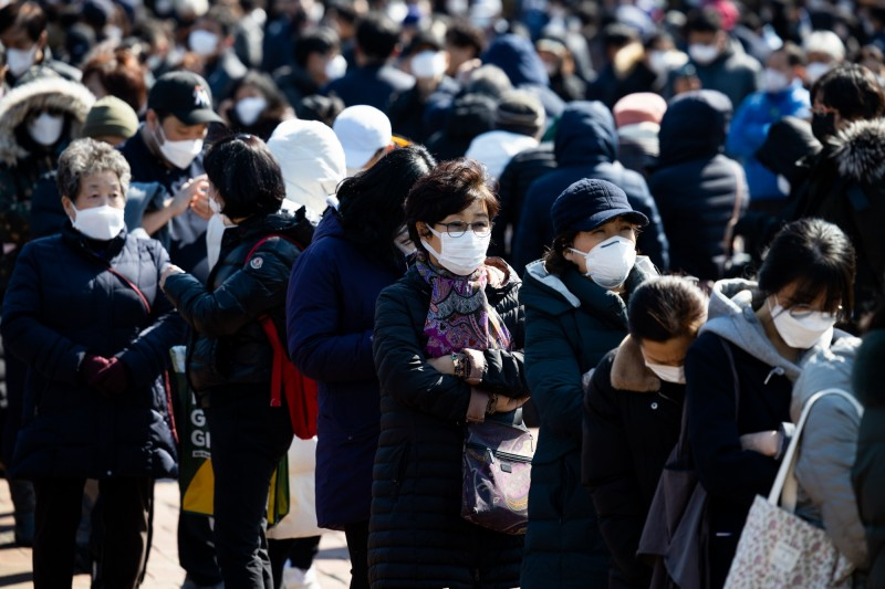 韓國新增確診179人,目前總計有7313人感染新型冠狀病毒。(彭博)