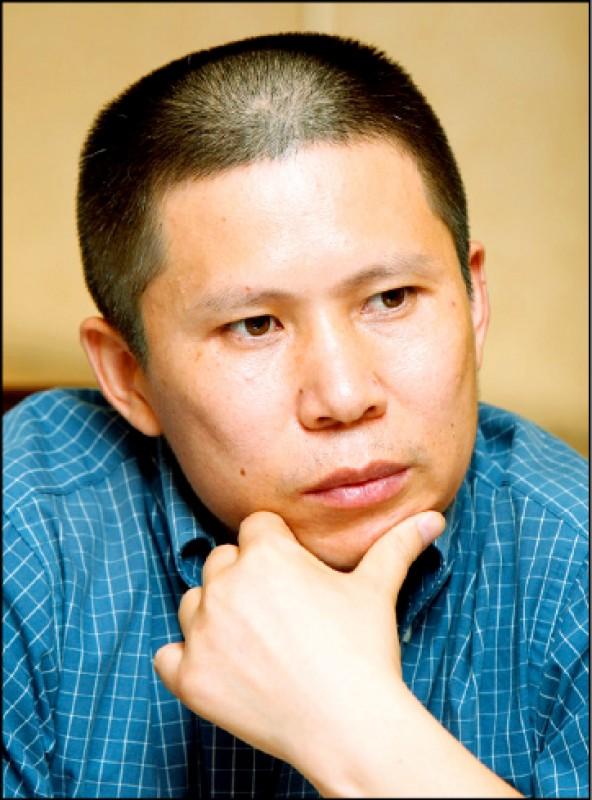 中國法學學者兼公民運動倡議者許志永,七日被證實已遭「指定住所監視居住」,罪名是「煽動顛覆國家政權」。(圖:取自網路)