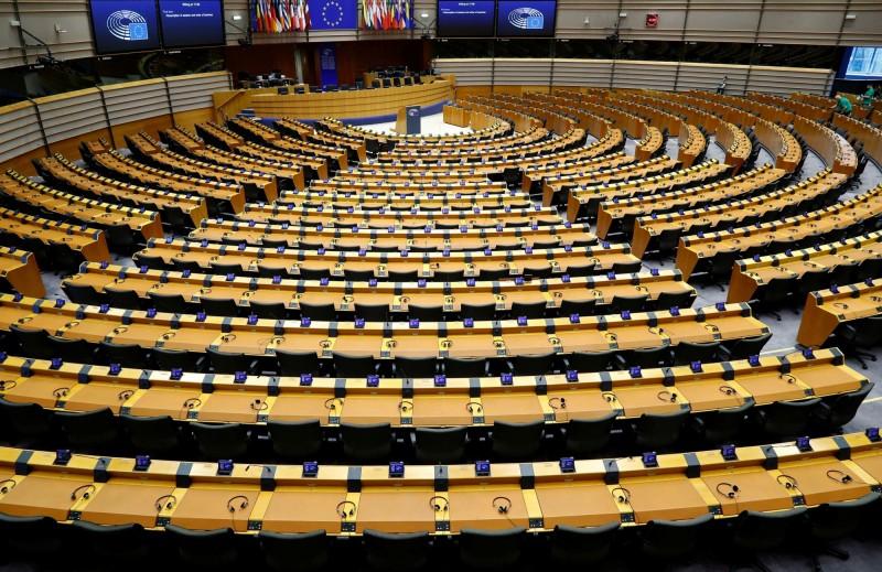 歐盟底下的機構「歐盟執委會」傳出首例確診,歐盟正考慮取消例會。圖為歐盟位於布魯塞爾的總部。(路透)