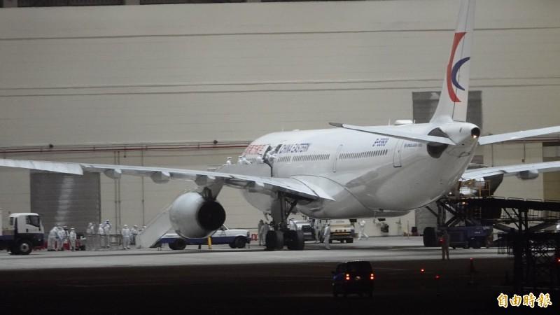 第2批武漢包機由華航及東航執行任務,預計載回407位滯留台人。武漢台商透露,搭乘第二批包機的價格,略高於第1批的武漢包機。(資料照)