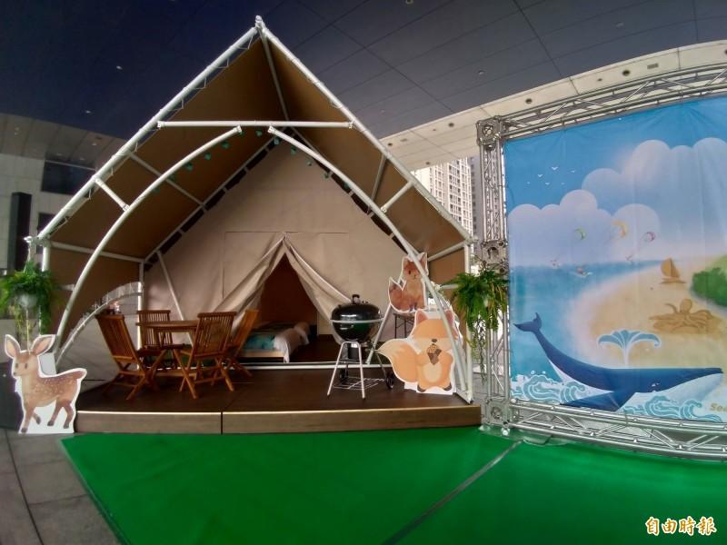 大安濱海樂園OT案,打造全台首座合法濱海豪華露營區,建置生態旅遊豪華露營帳篷。(記者黃鐘山攝)