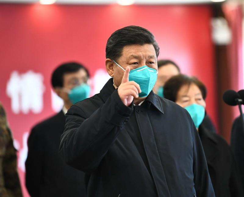 中國爆發武漢肺炎超過3個月後,國家主席習近平10日終於搭機前往武漢,探視最前線的抗疫人員,被視為中國疫情受到控制的訊號。(法新社資料照)