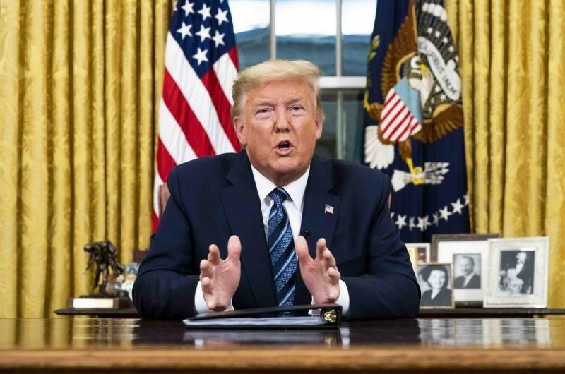 《彭博》報導,川普將在13日宣布美國進入緊急狀態,同時對各州政府釋出更多援助。(彭博)