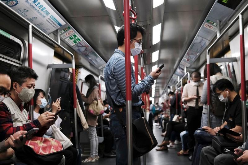 香港今天新增3例武漢肺炎確診,其中2例有境外旅遊史。(路透)