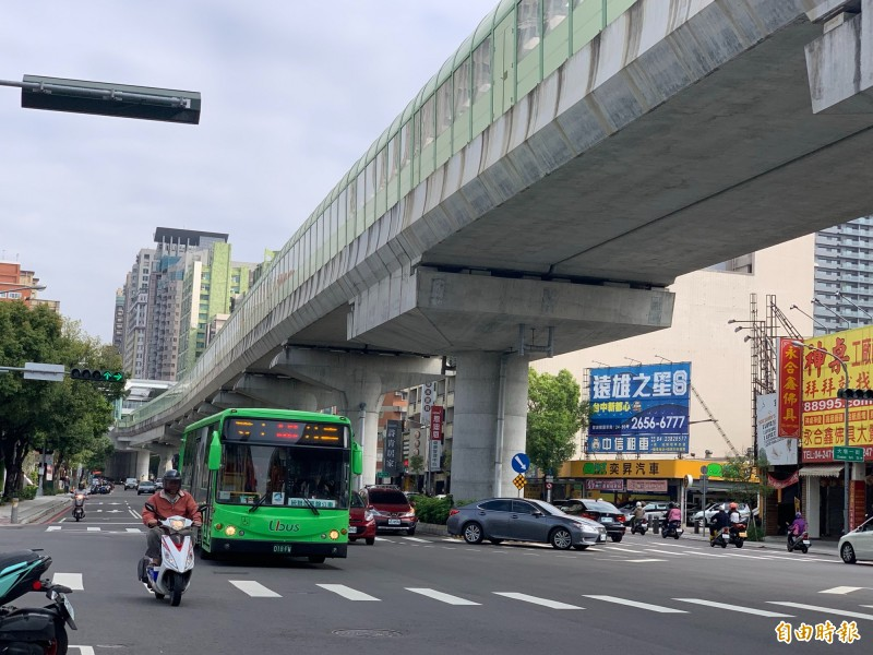 台中捷運將上路,公車收費及班次也要檢討。(記者唐在馨攝)