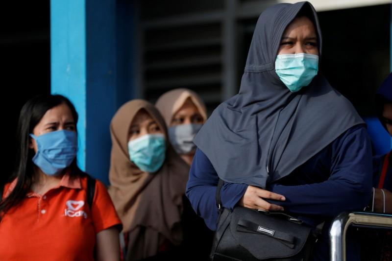印尼今(18)日新增55例確診、14例死亡,雙雙創下單日最大增幅,全國累計227例、19死。(路透)