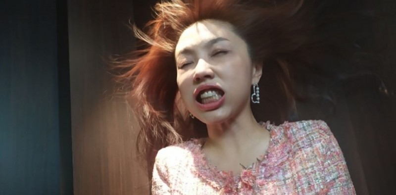 劉樂妍近期返台使用健保住院治療,再度引發社會輿論撻伐。(圖取自劉樂妍微博)