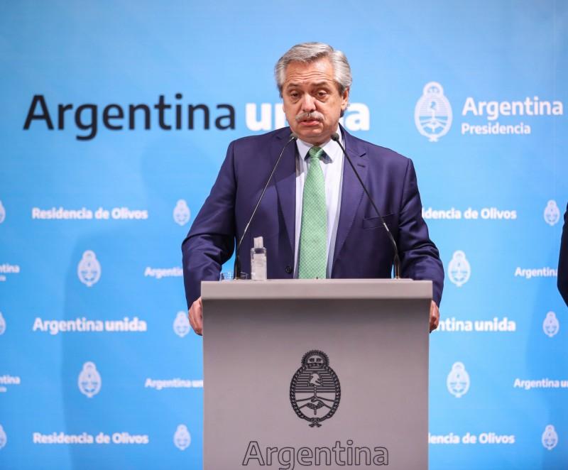 阿根廷頒布了全國封鎖令,但總統費南德茲(Alberto Fernandez)下令豁免「牙仙」,讓祂可以自由活動。(歐新社)