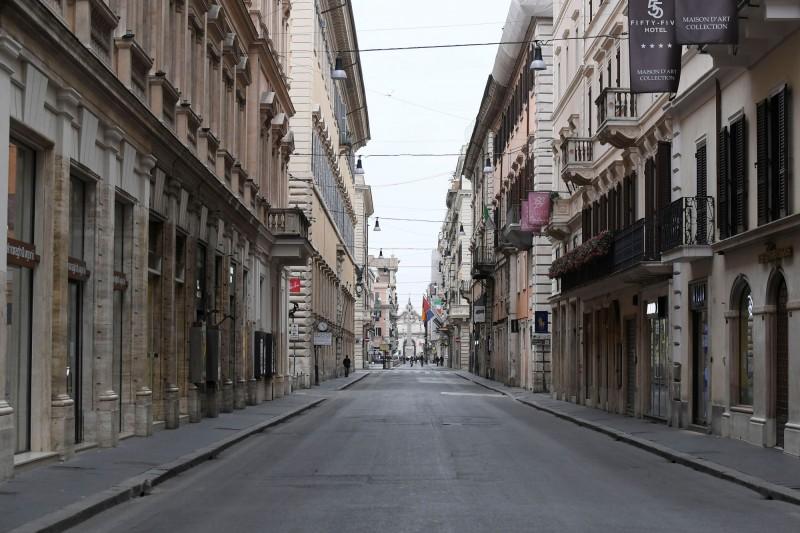 武漢肺炎持續在全球擴散,義大利為死亡人數最多的國家。(路透)