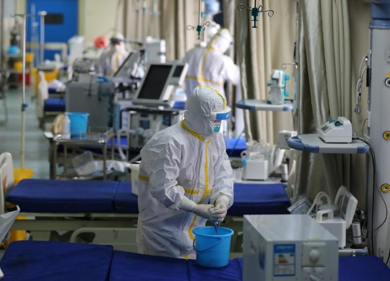 武漢驚傳醫師確診,中媒甚至直言「不排除院內感染」,引發譁然。(歐新社)