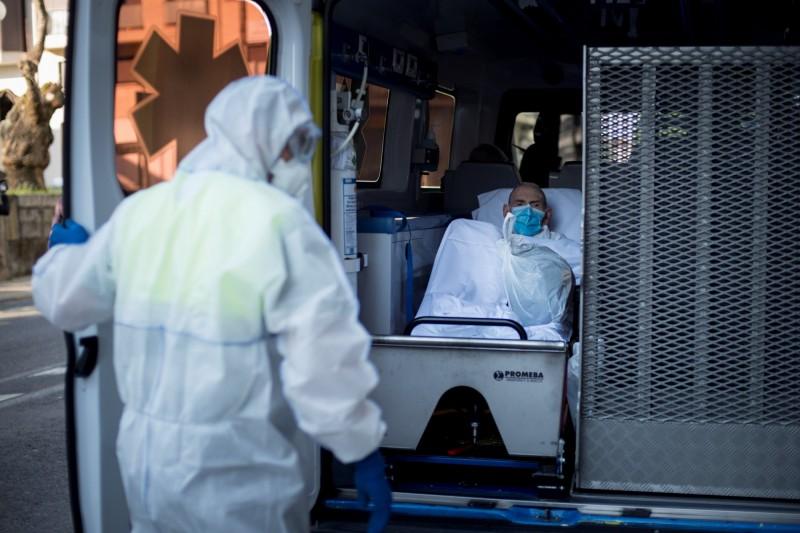 西班牙武漢肺炎(COVID-19)死亡人數從2696例增至3434例,超過了中國官方通報的死亡病例數。(歐新社)