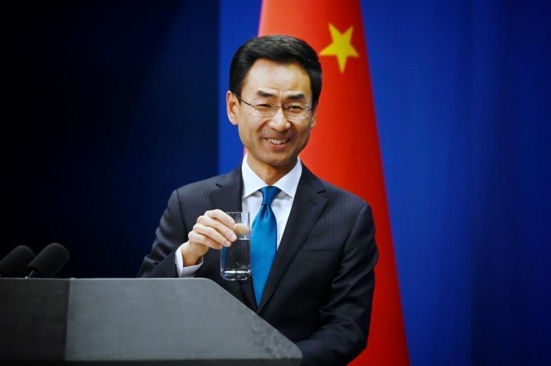 中國外交部發言人耿爽今天證實,全世界至少已有17國,以及聯合國都與中國簽署防疫物資採購合約。(法新社檔案照)