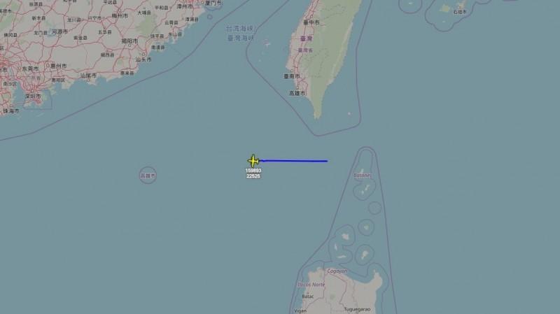 美軍電偵機連續二日接近台灣南方空域(擷取自飛機守望推特)