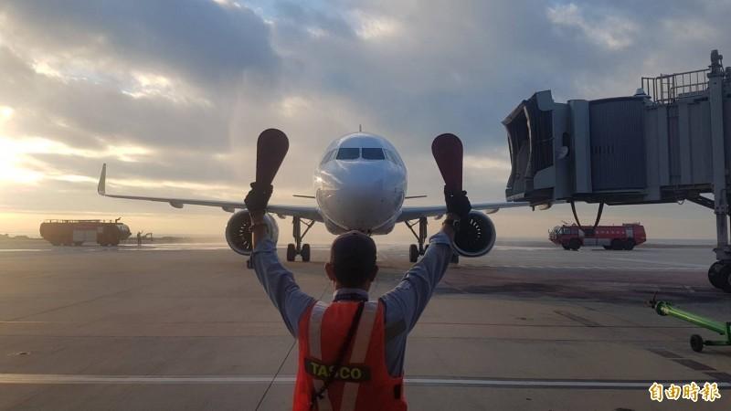 金門人空中交通更為不便,地方民眾一直希望有在地的航空公司。(資料照)