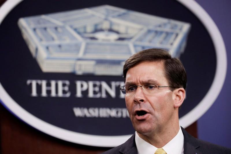 美國防部長艾斯培強調:「要確保我們不會把病毒帶回家,傳染給他人,也避免病毒在軍隊內部傳播。」(路透)